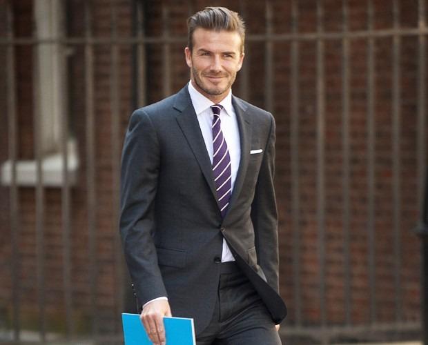 ternodavidbeckham - Alexandre Taleb consultor de imagem, recomenda terno e costume azul marinho