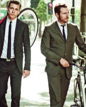 homens bicicleta alexandre taleb 280x350 - Street Style: o charme das bicicletas em plena cidade