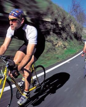 men bike 280x350 - Os lugares mais bem desenvolvidos do mundo para a prática do ciclismo urbano