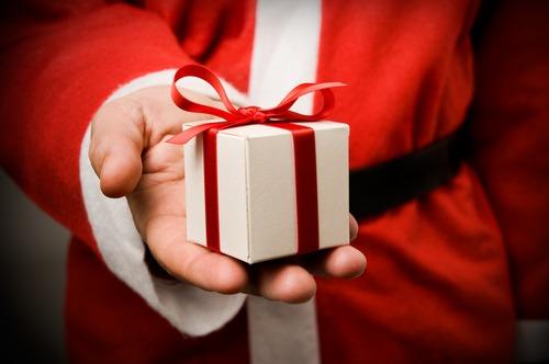dicas de presentes de natal alexandre taleb caras editora blogs - Dicas Para Não Errar No Natal 2018: Do Look ao Presente