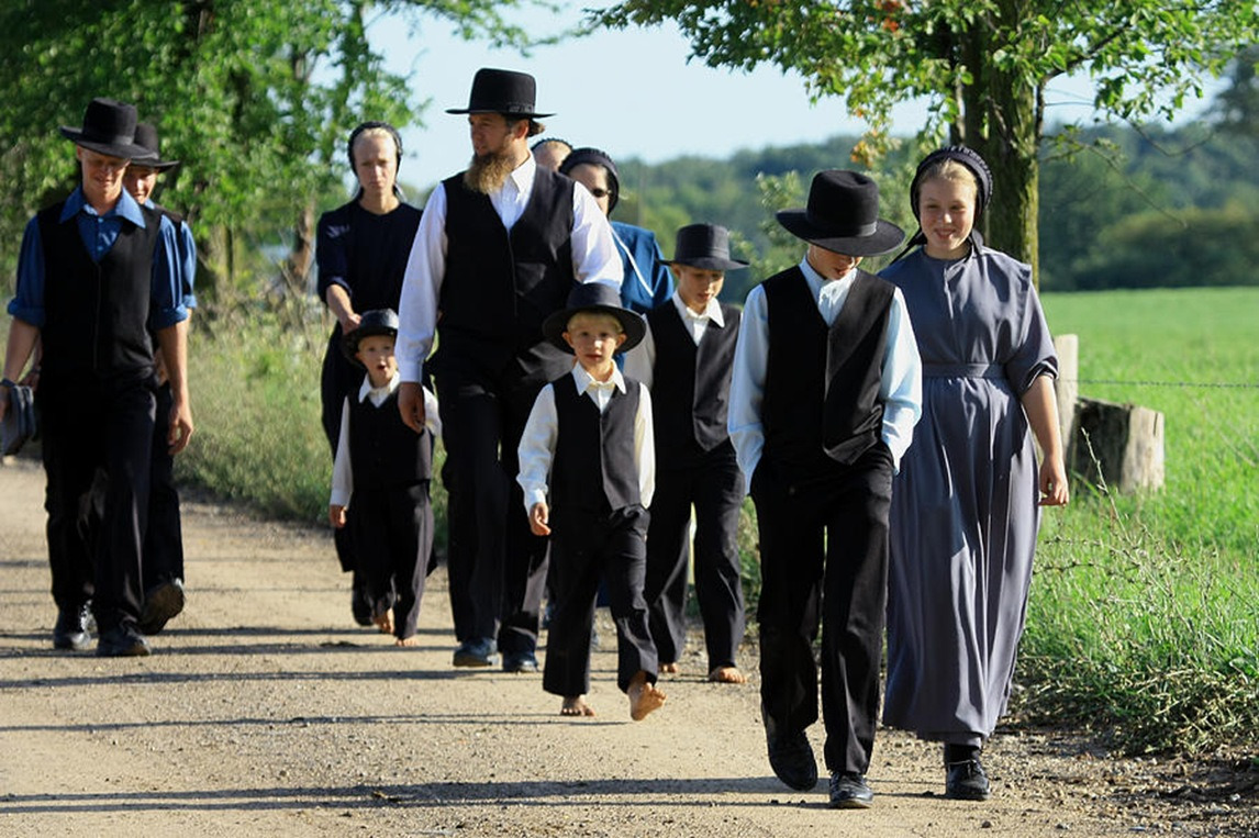 big amish family thumb - Vida Secreta - Amish