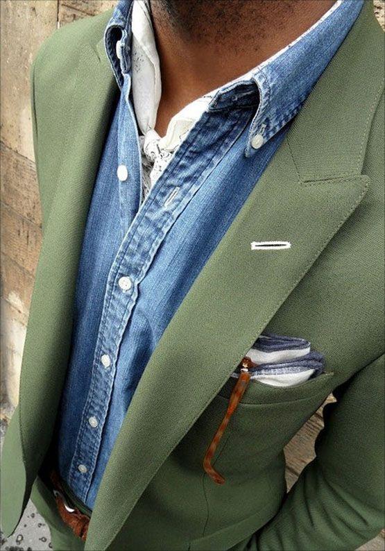 Found on theultralinx.com  - 5 dicas para usar a camisa jeans masculina de acordo com a ocasião