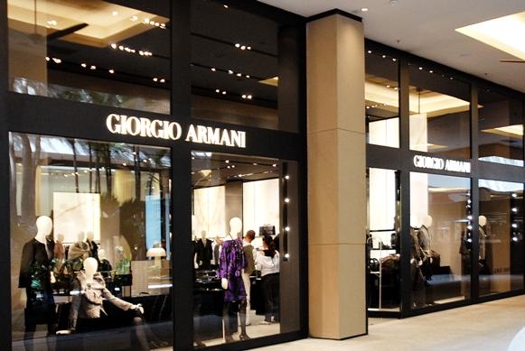 loja giorgio armani brasil - Giorgio Armani - Azul é o novo preto