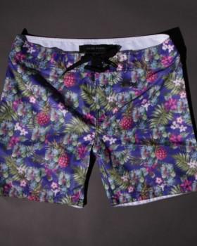 filipe russo alexandre taleb 280x350 - Estampas das roupas masculinas nas férias do verão