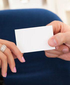 cartao de visita 280x340 - Você tem um cartão de visita?