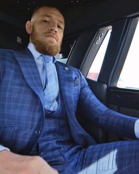 conor mcgregor style check three piece suit 280x350 - Estilo de Conor McGregor