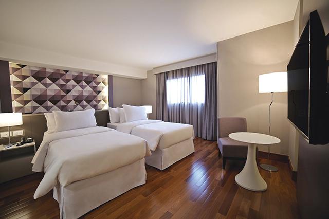 nh curitiba the five - Hotel NH Curitiba The Five oferece hospedagem ímpar em Curitiba