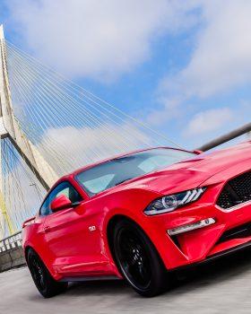 ford mustang gt premium 2018 externa 2 280x350 - O novo Mustang no Brasil